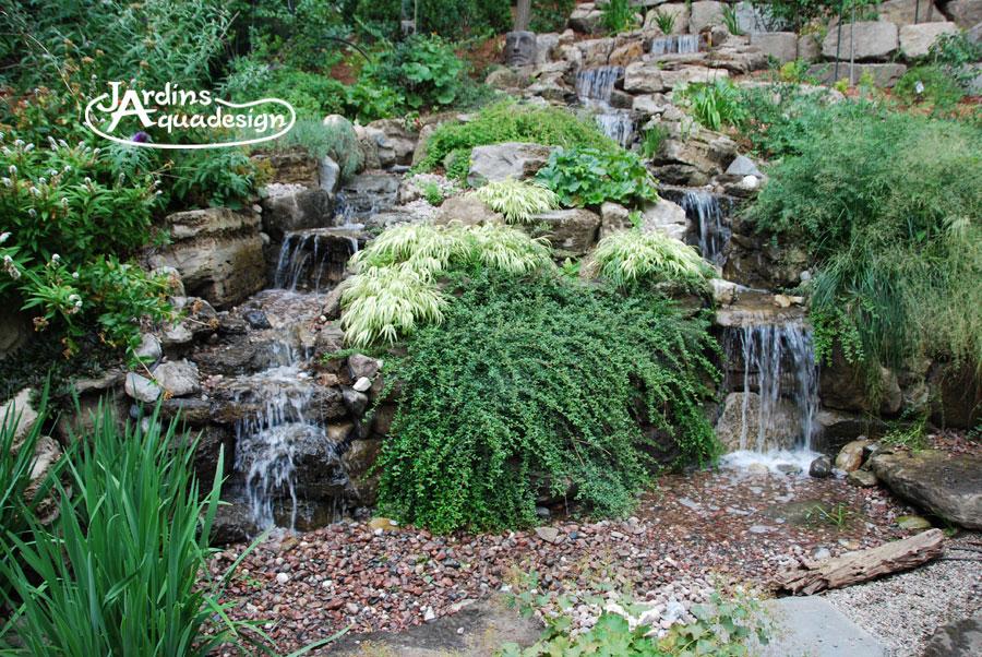 Cascade sans bassin jardins aquadesign for Bassin de jardin cascade